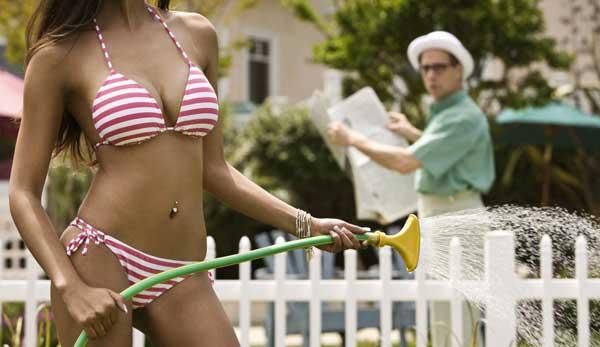 bikini babeee