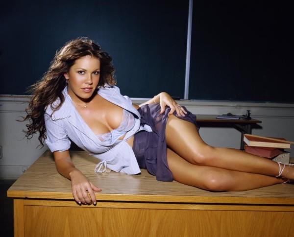 007_nikki_cox_hot_teacher_2[1]