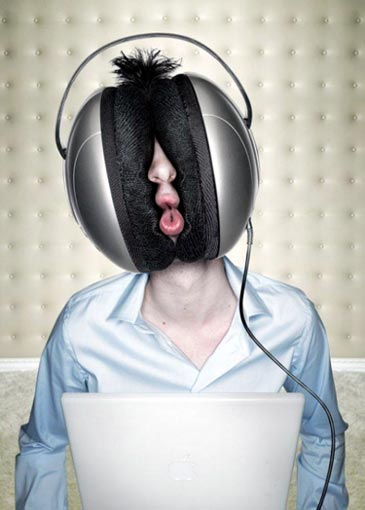 huge-headphones[1]